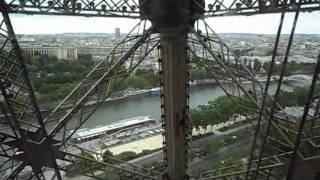 Parigi salita Torre Eiffel