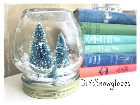 Christmas Craft:Snowglobes(no water)