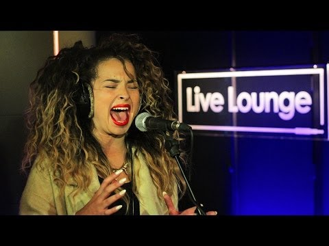 Ella Eyre - Black and Gold in the Live Lounge