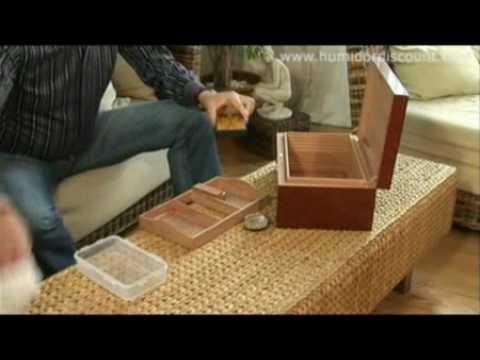 4 EN Humidor Adorini Cigar Container Guide Video