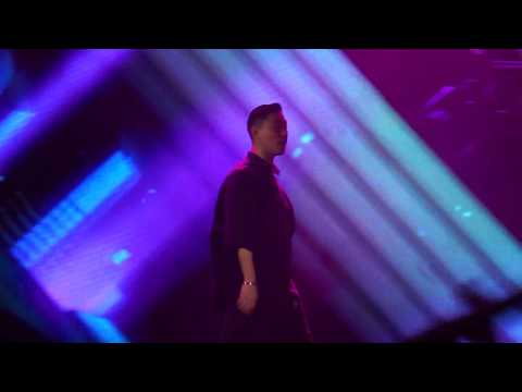 160917 KANG GARY - The Girl Who Can't Break Up,The Boy Who Can't Leave @ Kpop Sensation 2017