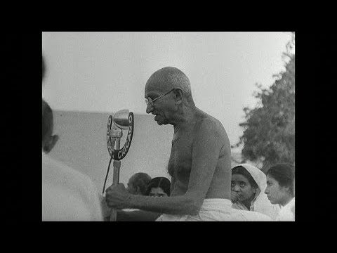 How Mahatma Gandhi Overcame his Stage Fright - From Fainthearted Speaker to Charismatic Leader