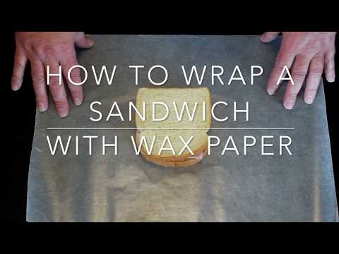 How to Wrap a Sandwich With Wax Paper