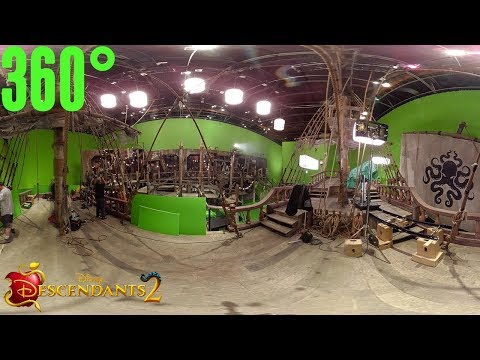 The Pirate Ship Set: Behind the Scenes | 360° | Descendants 2