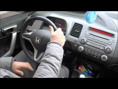 How To Hold A Steering Wheel PROPERLY-Driving Lesson For Beginners
