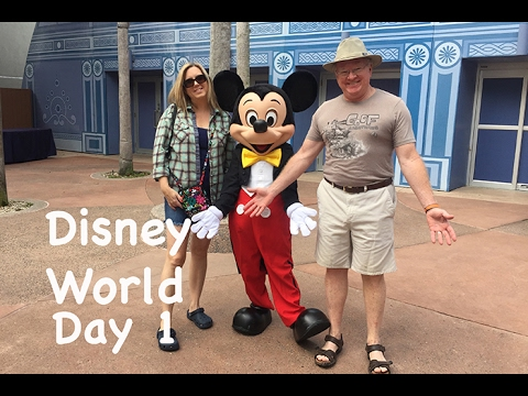 Disney World Day One vlog! Travel Day, the Beach Club Resort and Epcot!!