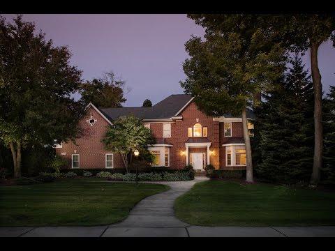 22858 Saint Andrews Drive, South Lyon, MI | Tanglewood Custom Home