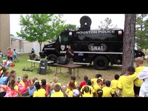 Kids Get an Inside Look at HPD (Houston Police Department, HPD Video Production, CG)