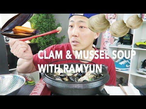 CLAM AND MUSSEL RAMYUN SOUP MUKBANG