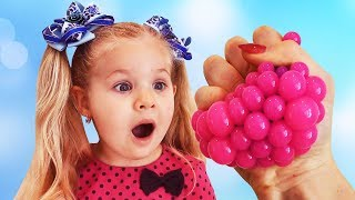Diana plays with funny toys, Learn Colors with Squishy Balls, video for children & toddlers