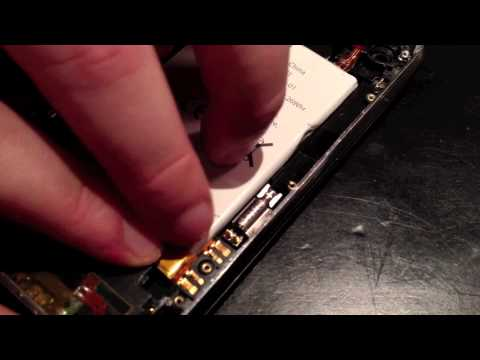How to replace an iPhone 3G or iPhone 3GS battery