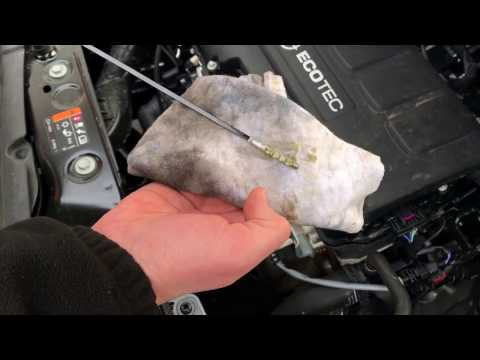 How to check oil engine oil check oil level test with dip stick Vauxhall Corsa Mk4 DIY
