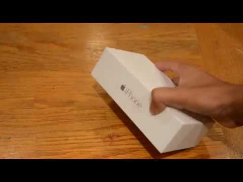 Unboxing: iPhone 6 (First Look)