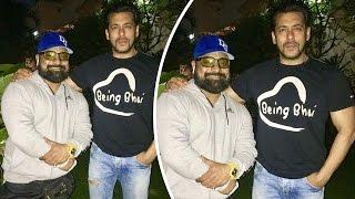 Salman Khan Poses With His Trainer Rakesh Udiyar