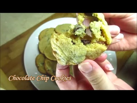 Chocolate Chip Cookies (Thin, Crispy & Chewy)