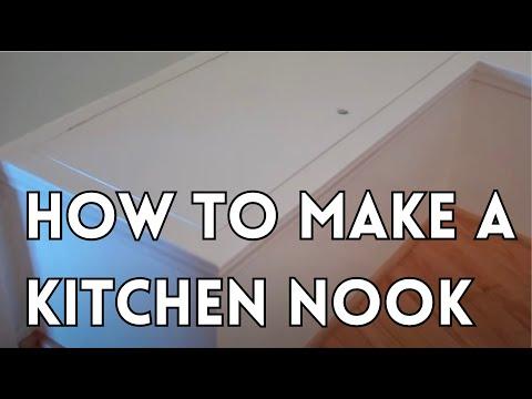 Built-in kitchen nook