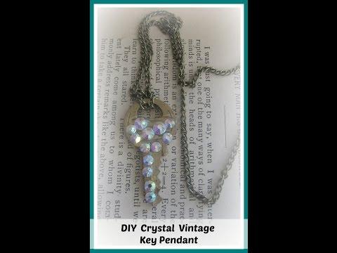 DIY Rhinestone Vintage Key Pendant Necklace/ DIY Key Necklace/ How to Make Key Necklace Tutorials