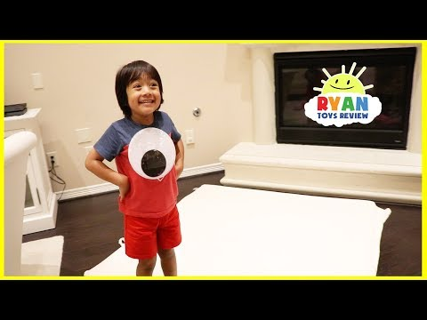 Giant Magical Googly Eyes Hide and Seek with Ryan ToysReview!