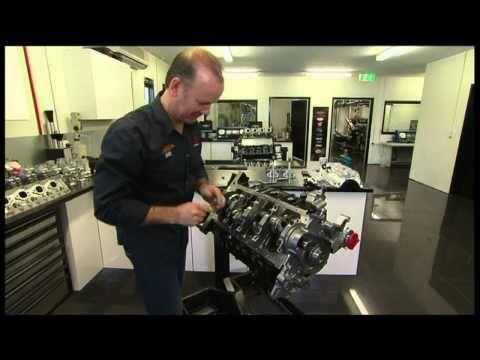 V8 supercar engine build with Mark Larkham