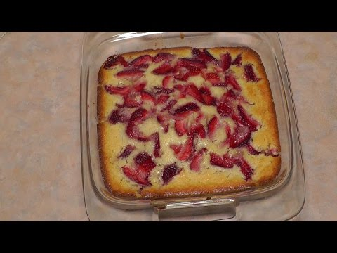 Fresh Strawberry Pudding Cake