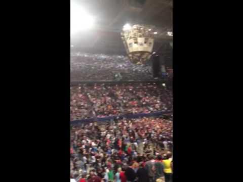 Pearl Jam Entrance Song REM - It Happened Today Lexington KY 4/26/16