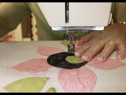 How to Machine Stitch Applique by Jill Finley of Jillily Studio - Fat Quarter Shop