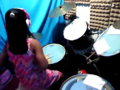 STeAL my GirL druM coVer bY aManDa....