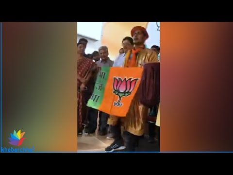 Magician wants a vote for the BJP in Gujarat Elections 2017