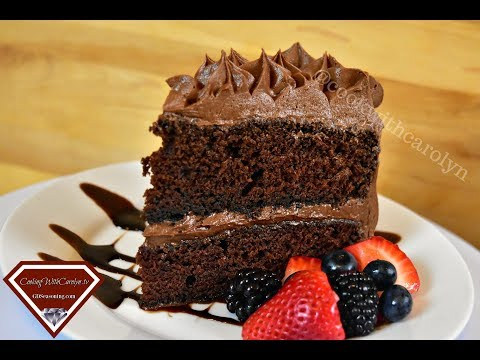 THE BEST RED WINE CHOCOLATE LAYER CAKE & CLASSIC CHOCOLATE CAKE RECIPE  |Cooking With Carolyn