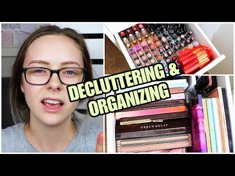 DECLUTTERING MY MAKEUP COLLECTION | Last Drawer