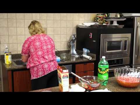 Recipe: Strawberry Pineapple Punch