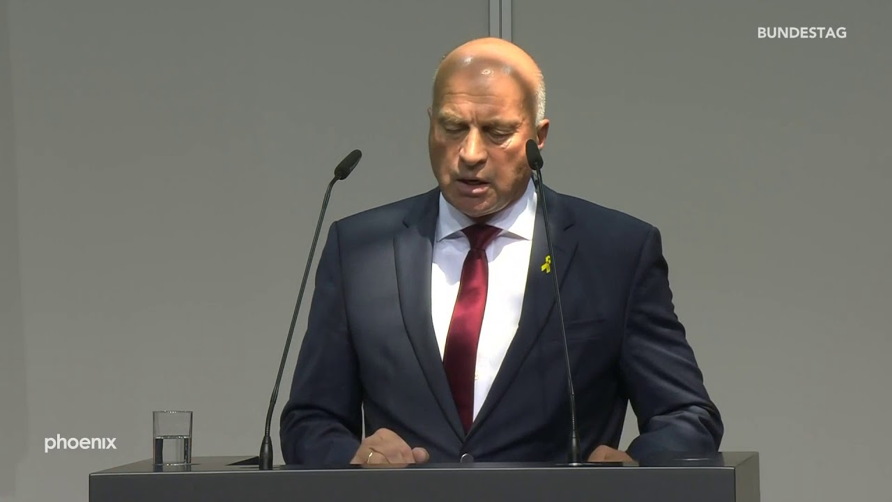 Vereidigung AKK: Rede von Rüdiger Lucassen (AfD)
