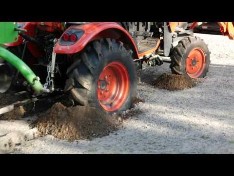 Swedish Redneck Tractor Pulling