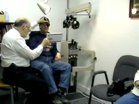 Postconcussive syndrome - Red cap test and visual field loss testing