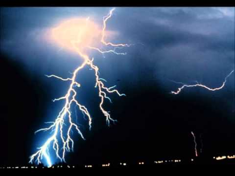 Earth Whistlers: Hear the Travels of Lightning❢