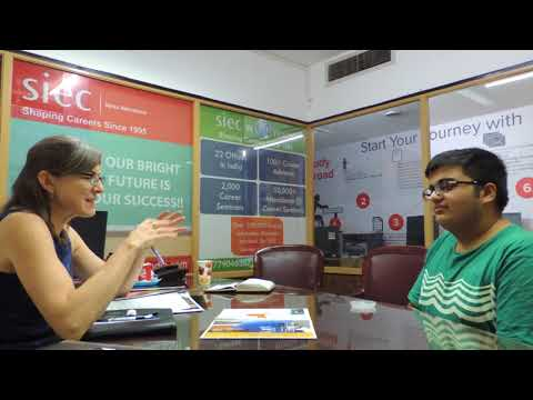 Student interacting with University Delegate at SIEC Chandigarh   Study Abroad