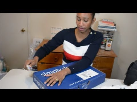 Big sister unboxing clothing from L.L.Bean, Aldo, Forever 21 and Simply Dresses.