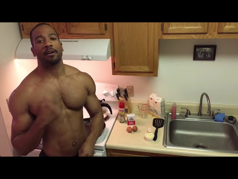 Scrambled Eggs and Oats: Fitness in the Kitchen w/ Marc Shredz