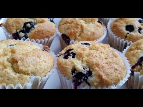 Really Easy Blueberry Muffins (Cupcakes)