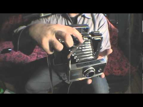 How to Open / Close Polaroid 100 Series Pack Camera