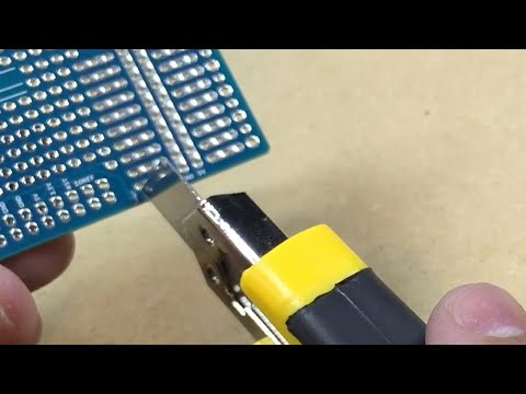 Quick Tip: Cutting PCB Traces wth a Razor Blade #0038