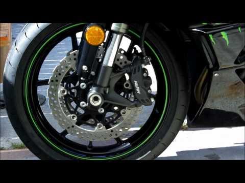 How To Clean A Motorcycle Rims. Sportbike Kawasaki Ninja ZX6R Monster Edition. Kodak Zi8 Video Test
