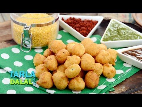 Moong Dal Pakoda (Mumbai Roadside Recipes) by Tarla Dalal