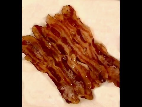 Basic Cooking Lesson #4 - How to Make the Best Tasting and Crispy Bacon Without a Frying Pan.