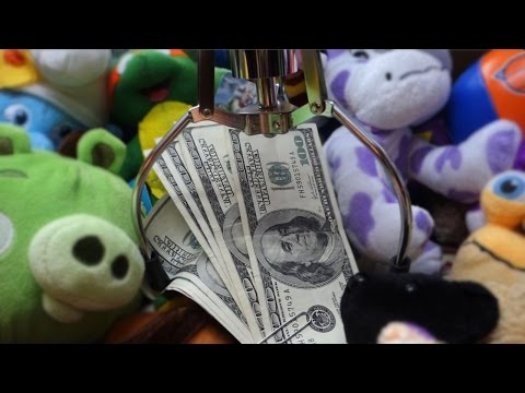 Winning $1000 From the Claw Machine!