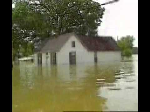 Why buy flood insurance ?