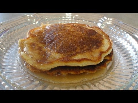 Easy Pancakes with Cinnamon Syrup