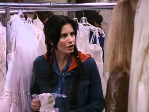 Friends S7 - Monica fighting for her wedding dress