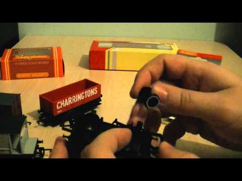 Tutorial: How To Change Plastic Wheels For Metal Wheel On Hornby Railroad Wagons