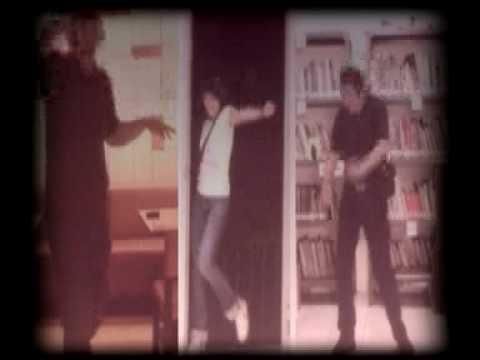 Download Goodnight Electric - A.S.T.U.R.O.B.O.T (music video) MP3 Gratis